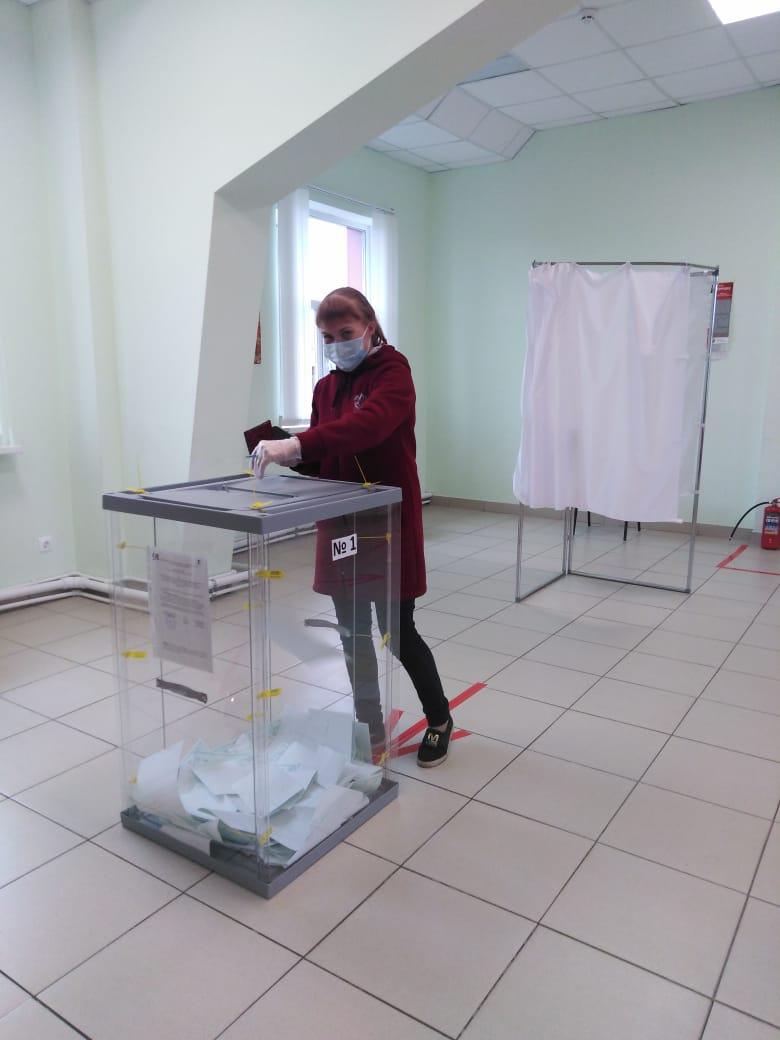 Голосует село Усть-Нем, Усть-Куломский район УИК №518