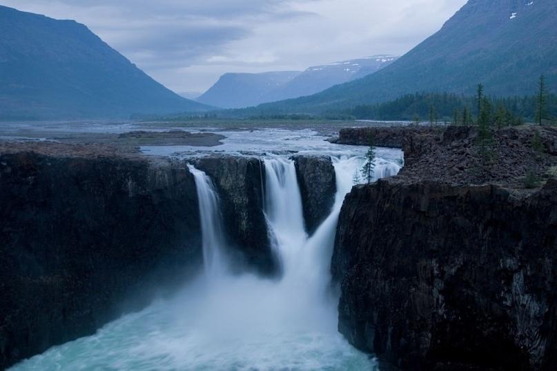 ТОП-10 самых впечатляющих водопадов России, изображение №1