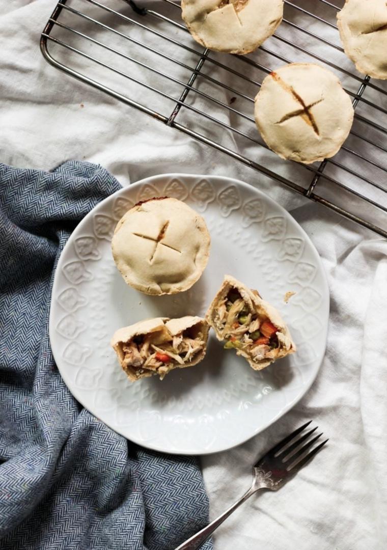Мини-пироги с куриной начинкой