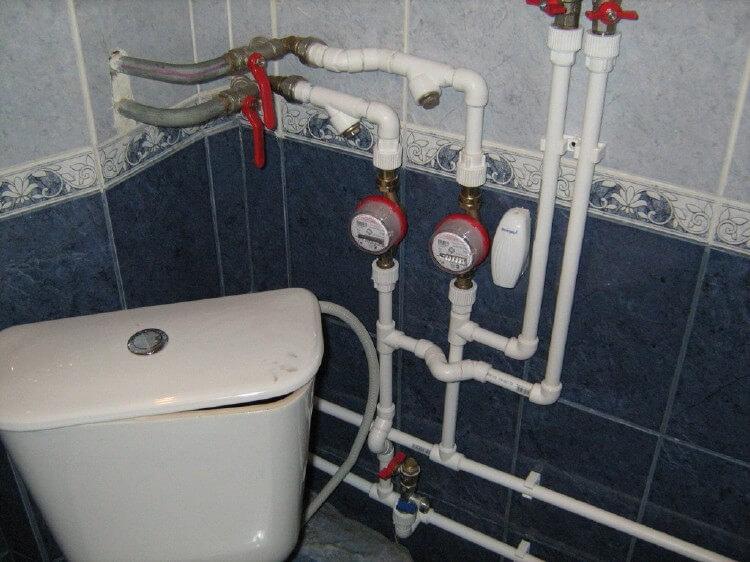 Замена труб водоснабжения в ванной