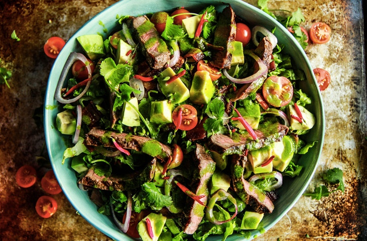 Шедевральные салаты со стейком, изображение №8