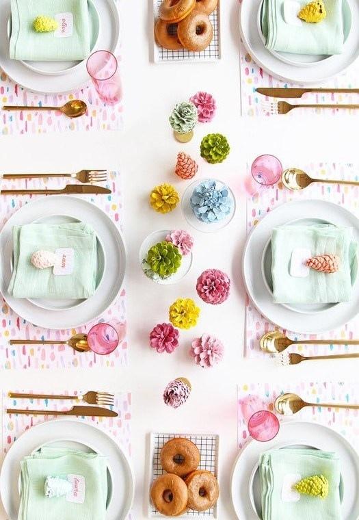 Как украсить Новогодний стол: 20 простых идей, изображение №8