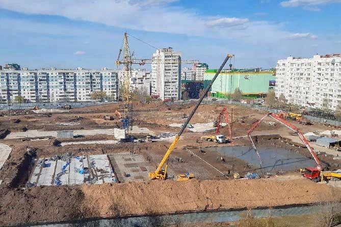 Строительство школы в 20 квартале ведется с нарушениями